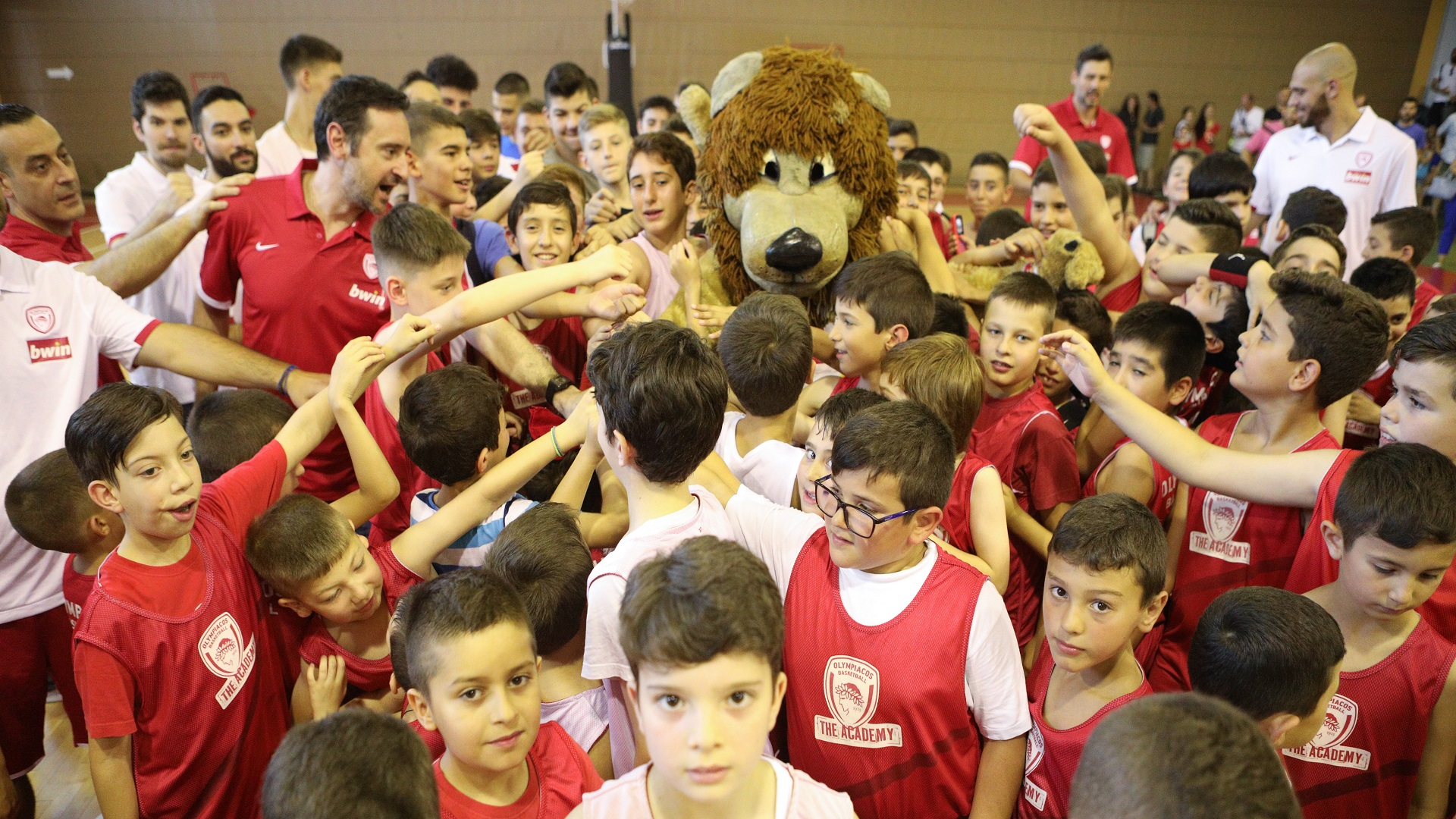 OlympiacosBC The Academy: The closing ceremony (pics + vid)